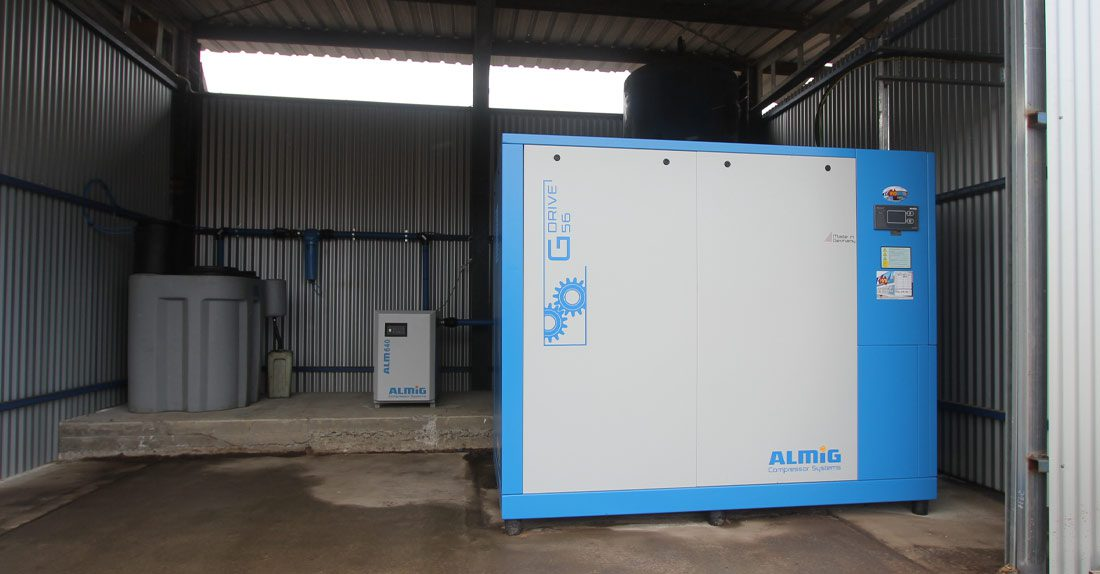 Hydeng Air Compressor with covers on